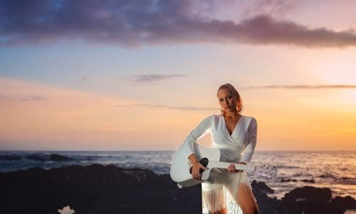 BeachLife artist Anuhea interviews