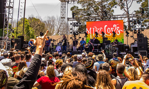 A moment with Mike Love at One Love Cali Reggae Fest