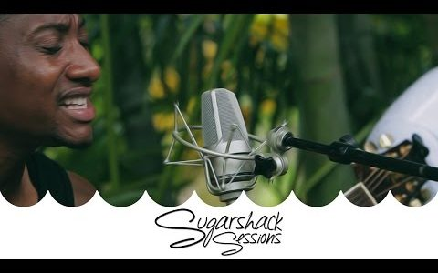 """New Kingston performs """"Empress Love"""" acoustic"""