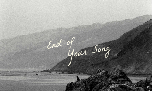 "WORLD TRACK PREMIERE: Dyado ""End of Your Song"""