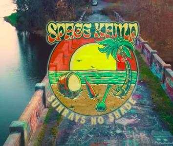 "Space Kamp unveils ""Sunrays No Shade"" music video"