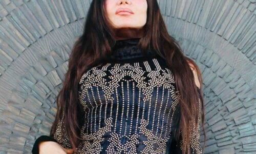 Alt rocker Betty Moon talks latest album, 'COSMICOMA'